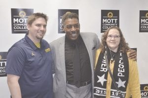 Actor Ernie Hudson (middle) posing with fans at Mott Community College. Photos by Ben Gagnon