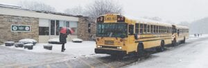 Students returning to the classroom at Indian Hill Elementary School in Grand Blanc. Photo by Lania Rocha